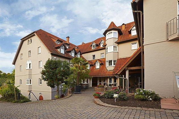 Hotel Aussenansicht 2