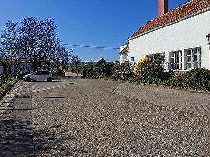 Parkplatz an der Alsterweiler Kapelle