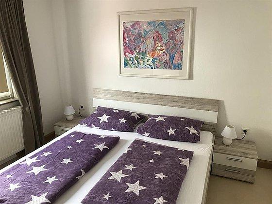 OG Schlafzimmer 2  (1 Doppelbett) Bild1