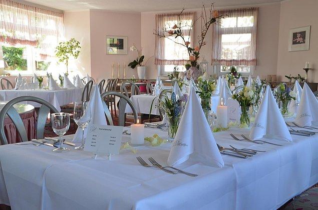 Bankett - Familienfeier - Hochzeit - Castell