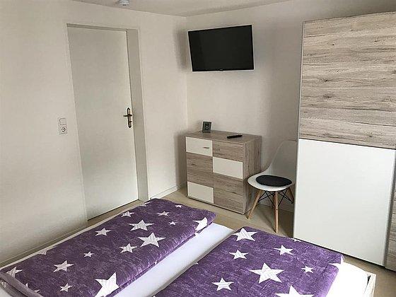Schlafzimmer 2  (1 Doppelbett)