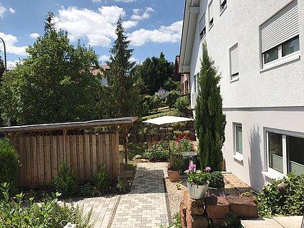 Ferienwohnung mit kleinem Garten